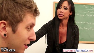 My foremost sex with respect to fucking hot mature teacher Precious stones Jade